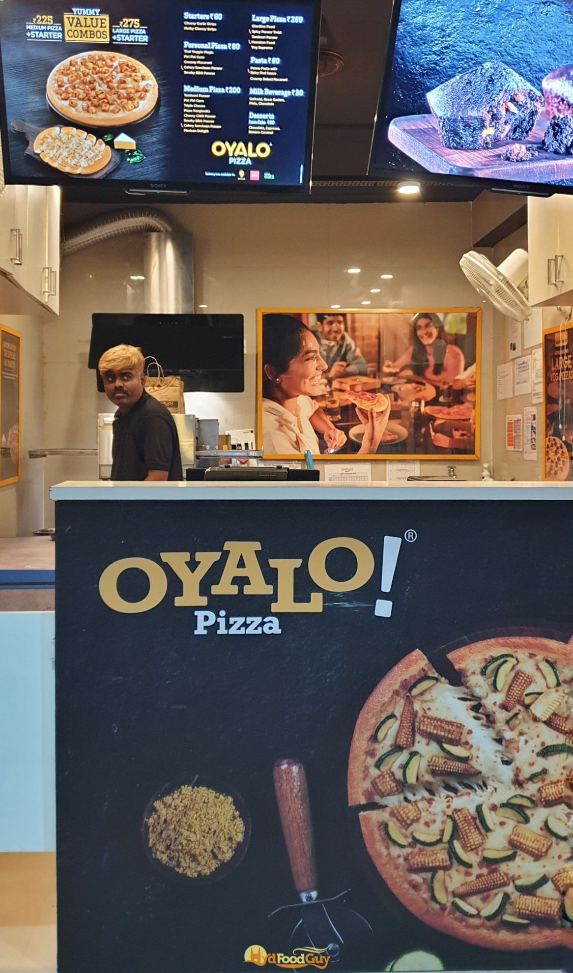 Oyalo Pizza Hyderabad Store